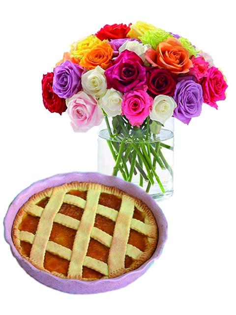 Bouquet di rose con crostata marmellata.