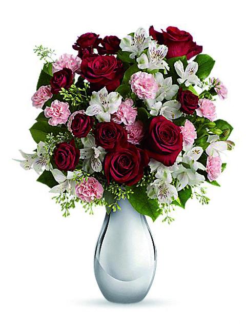 Bouquet di rose gigli e alstroemerie.